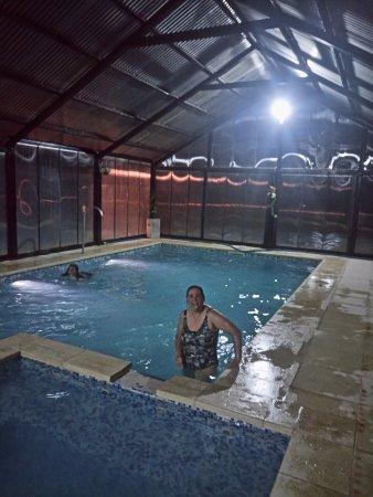 Del caballero castillo hotel villa la angostura la for Precio piscina climatizada