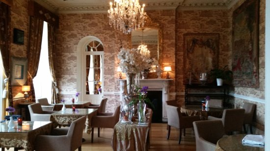 One of the sitting rooms. - Picture of Castle Durrow, Durrow ...