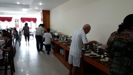 Sea Front Hotel Da Nang : Morning Buffet