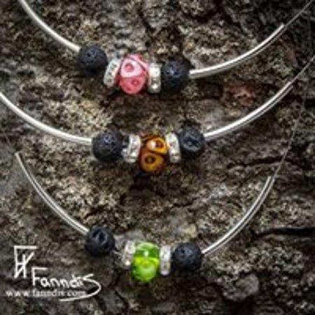 Selfoss, İzlanda: Droplaug with lava beads