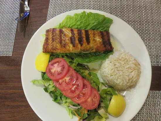New Brunswick, NJ: Grilled Salmon with Rice