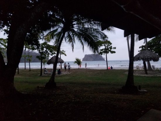 Playa Samara, Costa Rica: 20170429_195637_large.jpg