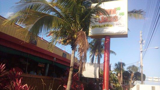 Island Jacks Patio Bar And Grill: Entrada