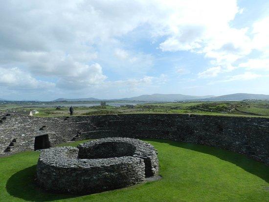 Cahersiveen, Ireland: Cahergall Fort