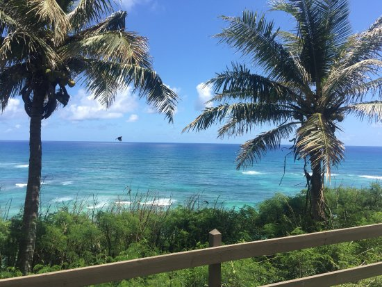 Kaneohe, HI: The ocean on the outskirts