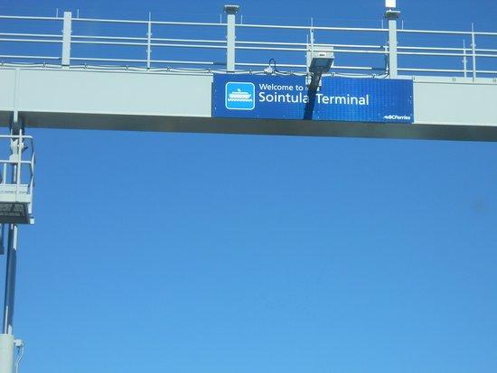 Port McNeill, Canada: Disembarking Sointuls Terminal
