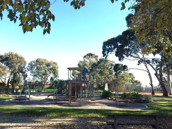 East Burwood Reserve