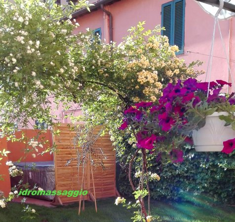 B&B At Alice's Garden: idromassaggio