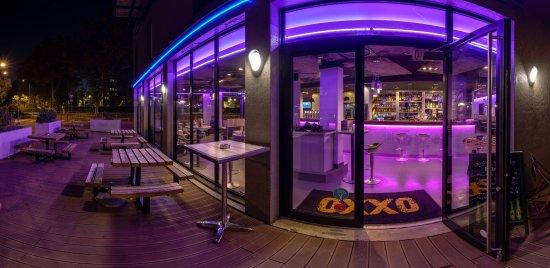 Villeurbanne, Frankrike: terrasse de l'OXXO Lyon