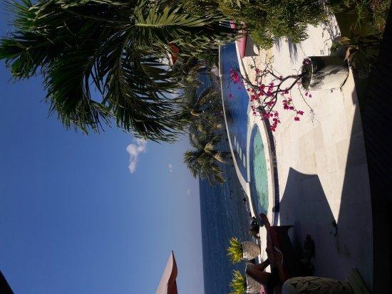 Tulamben, Indonesia: Pemuteran beach