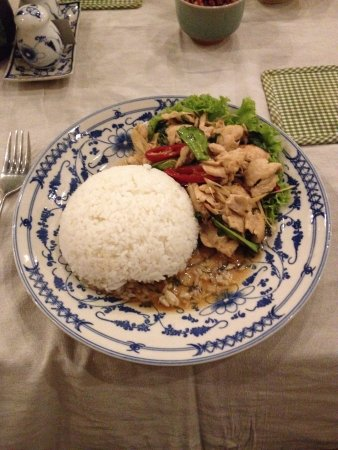 The Lonely Tree Cafe: Chicken with Basil