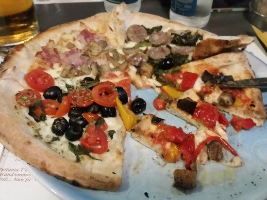 Pizza della casa - Picture of Pizzeria La Terrazza, Mediglia ...