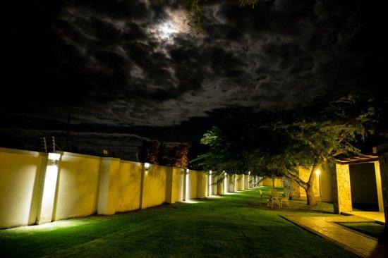 Addo, Republika Południowej Afryki: Luxury Accommodation at Night