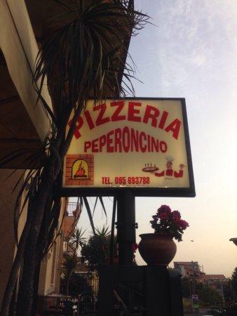 Bronte, Italia: Pizzeria Peperocino
