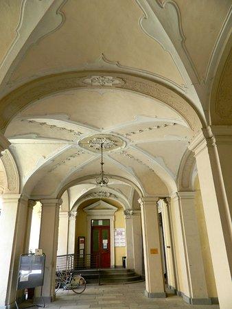 Palazzo Magnocavalli