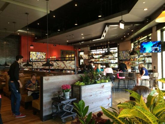 Glen Mills, PA: Bar Area of Not Your Average Joe's