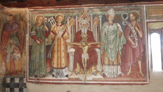 Sementina, Suiza: san Bernardo affreschi
