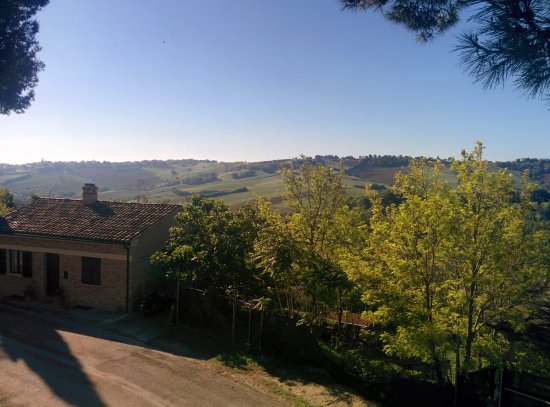 Montemaggiore al Metauro, Italy: IMG_20170510_083259_large.jpg
