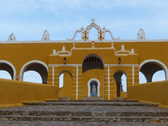 Izamal, المكسيك: Toegang tot het klooster