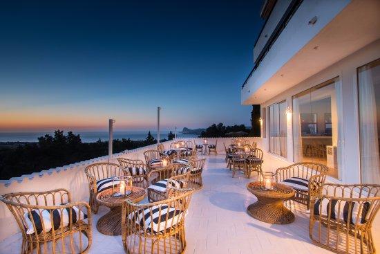 Hotel casa victoria suites san agusti des vedra spain specialty hotel reviews photos - Hotel casa victoria suites ...
