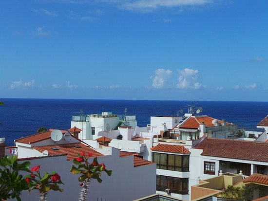 Roof terrace views picture of apartamentos rf bambi puerto de la cruz tripadvisor - Tripadvisor apartamentos ...