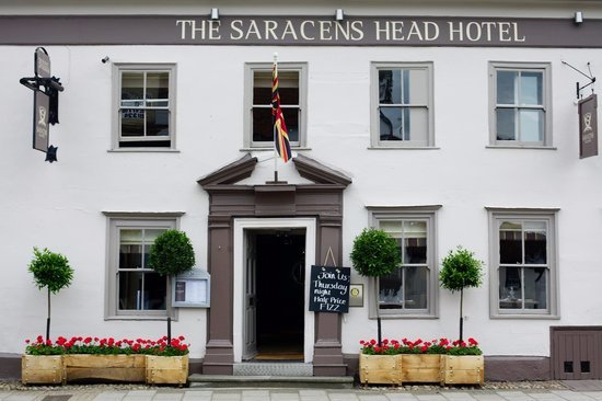 The Saracens Head Restaurant and Bar: Welcome to The Saracens Head Hotel