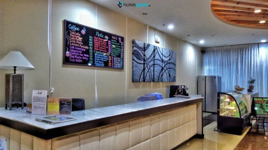 Clark Freeport Zone, Filipinler: Coffee Shop Counter-min_large.jpg