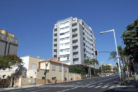 Apartamentos bruja santa cruz de tenerife spanien omd men och prisj mf relse tripadvisor - Apartamentos baratos en tenerife norte ...