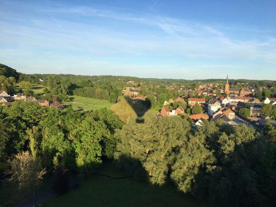 Rhode-Saint-Genese, Belgium: Vol en montgolfiere