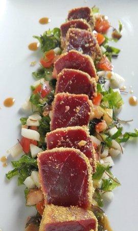 Zahora, Spagna: Ensalada de atún de almadraba y algas gaditanas