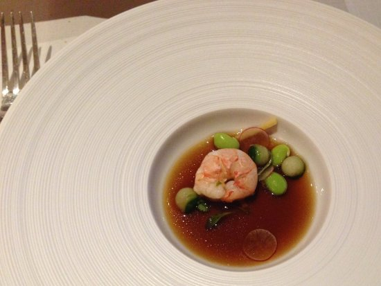 Egham, UK: Langoustine tea