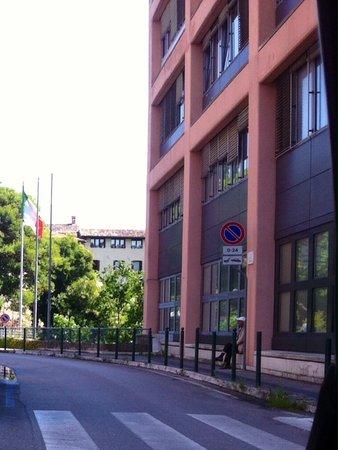 Centro Direzionale Galvani di Luigi Valle