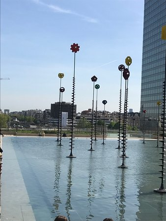 Courbevoie, Francia: photo3.jpg