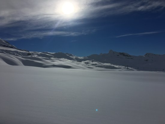 Breuil-Cervinia Ski Area: neve da sciare