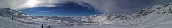 Breuil-Cervinia Ski Area: spettacolo a 180 gradi