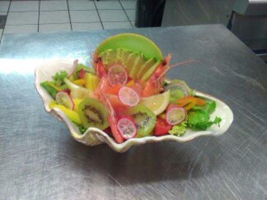 Landes, Γαλλία: assiette fraîcheur marine et fruits divers