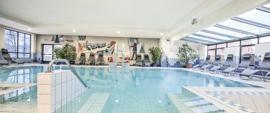 Flachau, Avusturya: Indoorpool im Tauernhof