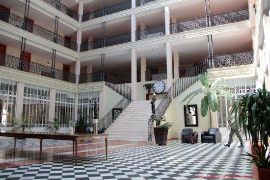 Gran Hotel Aqualange: Hall
