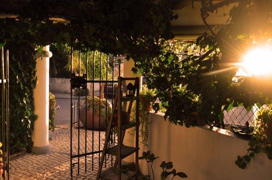 Uma Casa a Beira Sol: Entrada