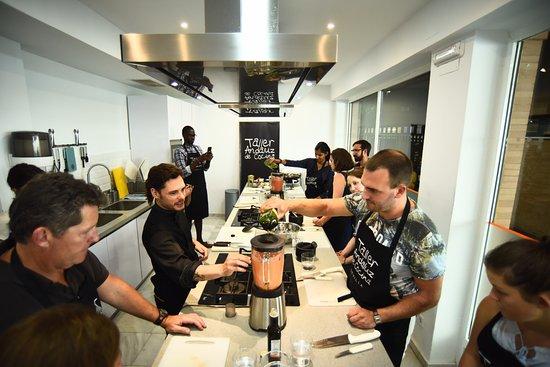Spanish cooking class picture of taller andaluz de for Taller andaluz de cocina