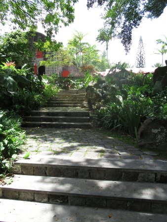 Nevis: The steps to the wonderful garden