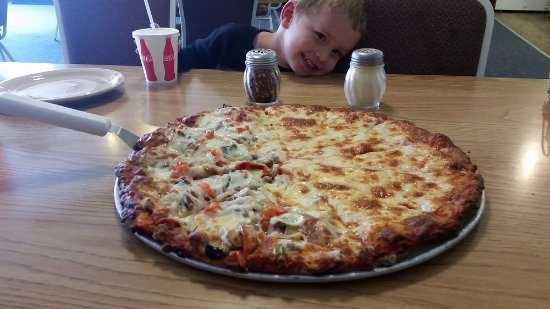 Fulton, IL: Customers love our pizza!