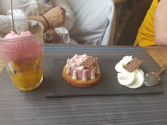 Boule de glace et dessert du jour picture of restaurant du port le crotoy tripadvisor - Restaurant du port le crotoy ...