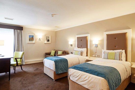 Westlodge Hotel: Family Suites