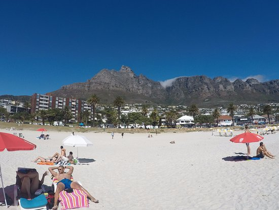 Camp's Bay Beach: Camps Bay Beach