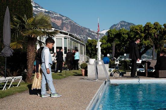 Weggis, Swiss: Hochzeitsfeier / Sektempfang auf der Terrasse