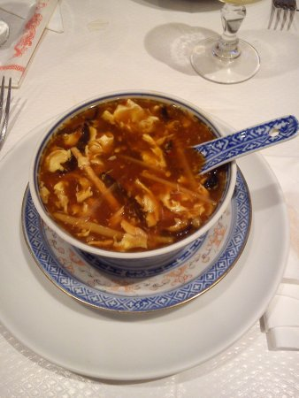 Issy-les-Moulineaux, Francia: Potage Pékinois (vous qui aimez le pimenté vous allez être servi)