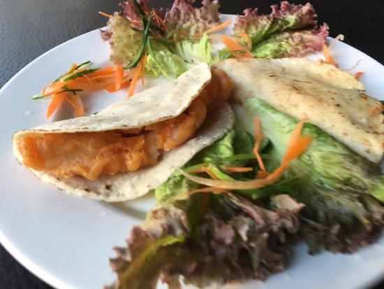 Tepatitlan de Morelos, México: Tacos de pescado y gobernador, muy ricos
