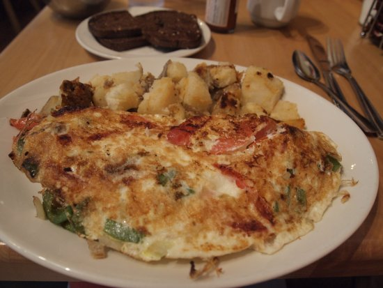 Sunset Grill: Veggie omelet with egg whites.
