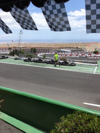 San Bartolome, España: Another brilliant afternoon, cracking views and brilliant go karts